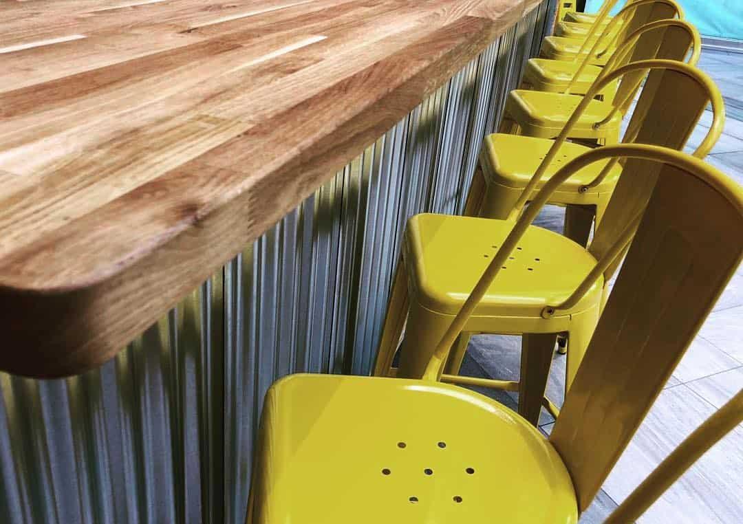 Améilie Flammekueche Café Chairs