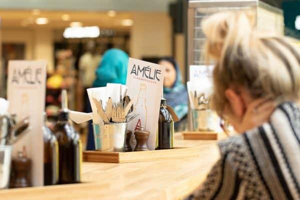 Améilie Flammekueche Café Tables and Menus